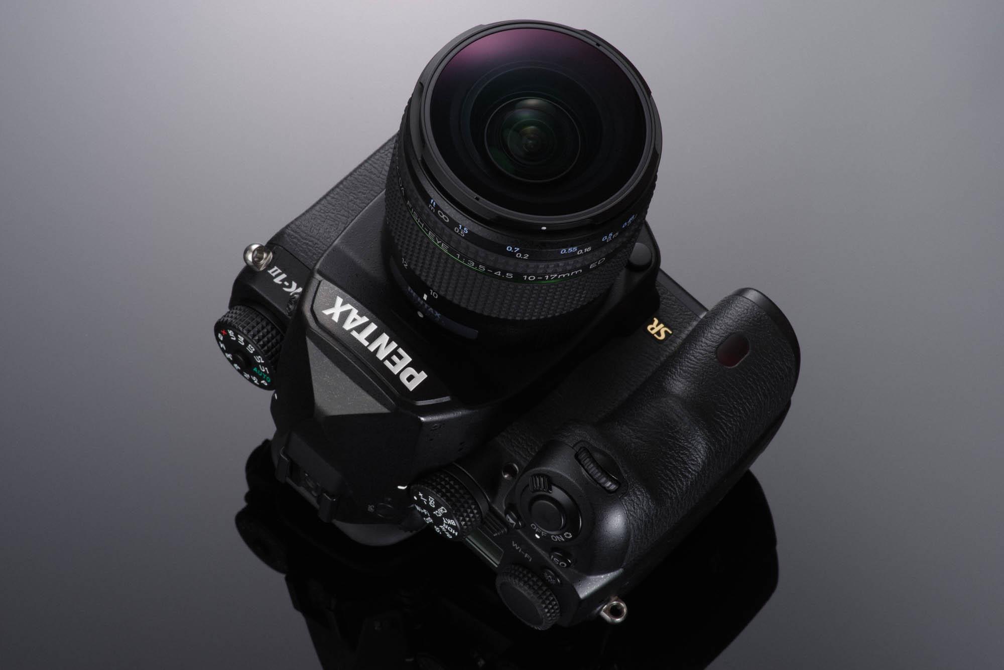 Pentax 10-17mm f/3.5-4.5 fisheye lens