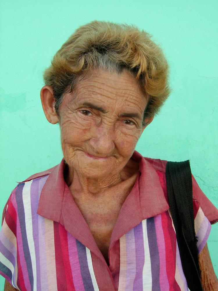 Lady in Trinidad Da Cuba