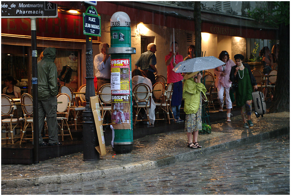 Life in Montmartre...