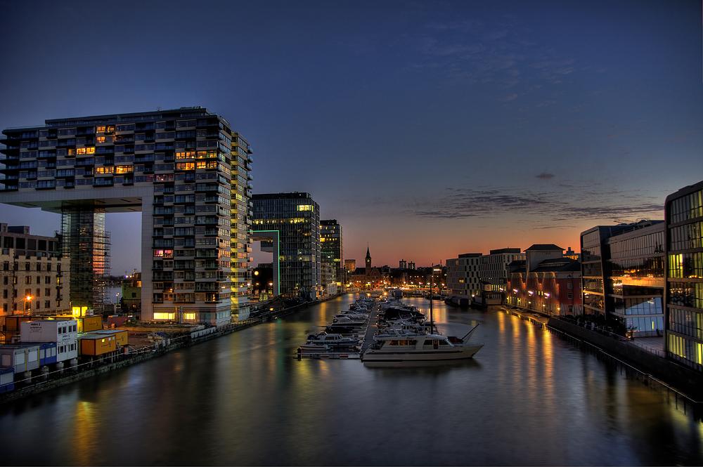Dubai at the river Rhine