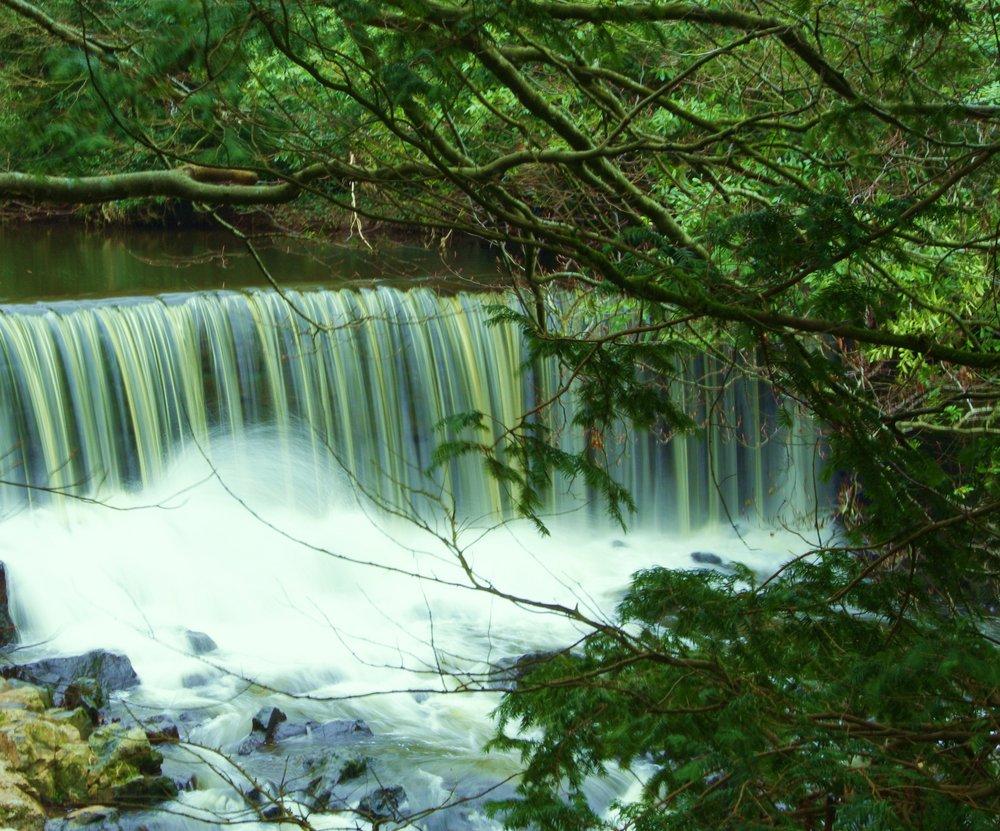 crumlin glen water falls?