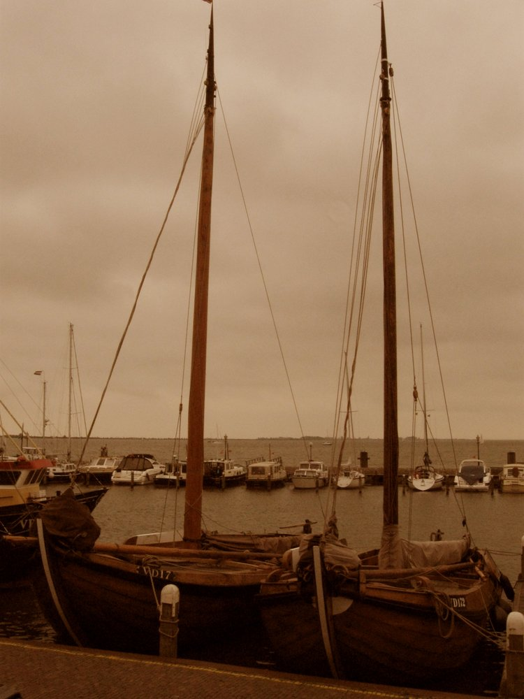 Ships in Vollendam
