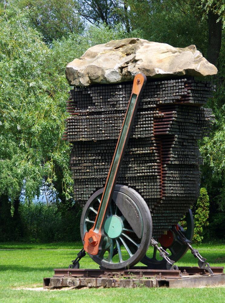 Attila József Monument 2