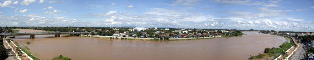 Chao Phraya River, Sing Buri, Thailand (sunny)