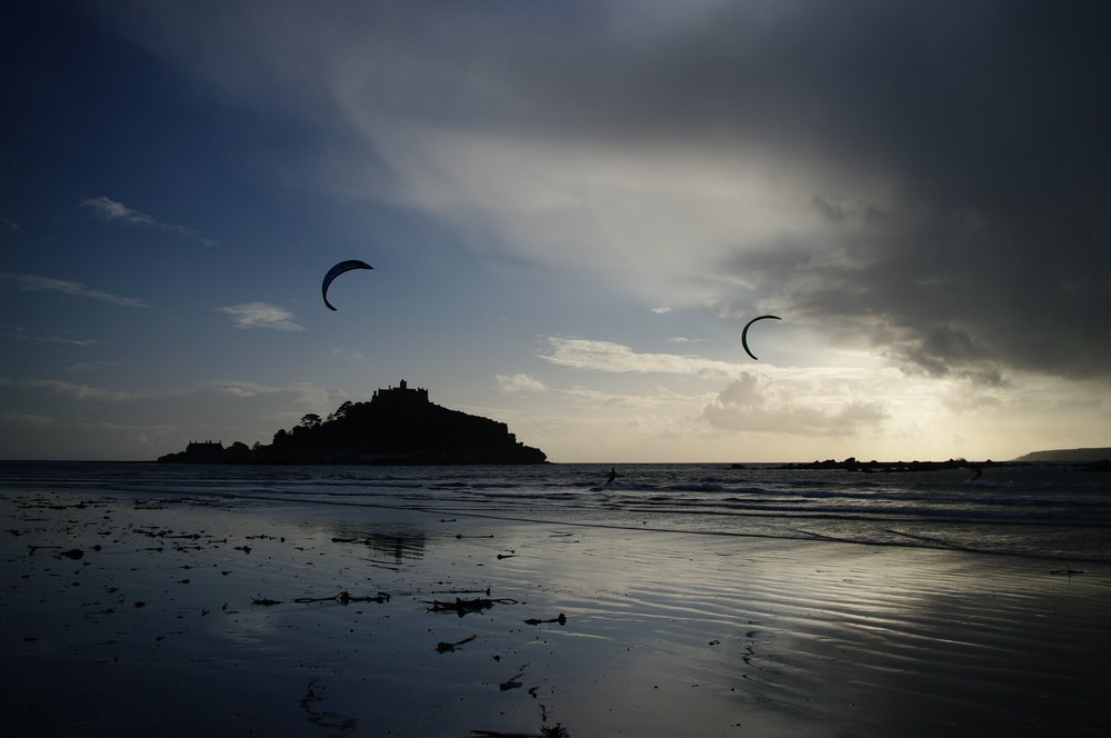 Mount Kite Surfers