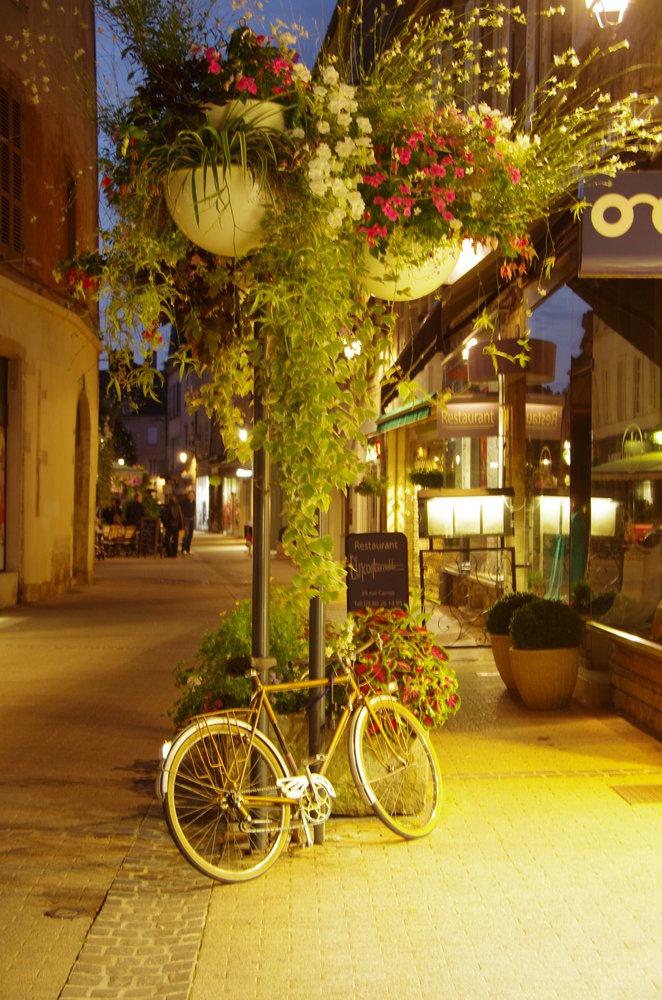 Bike in Beaune