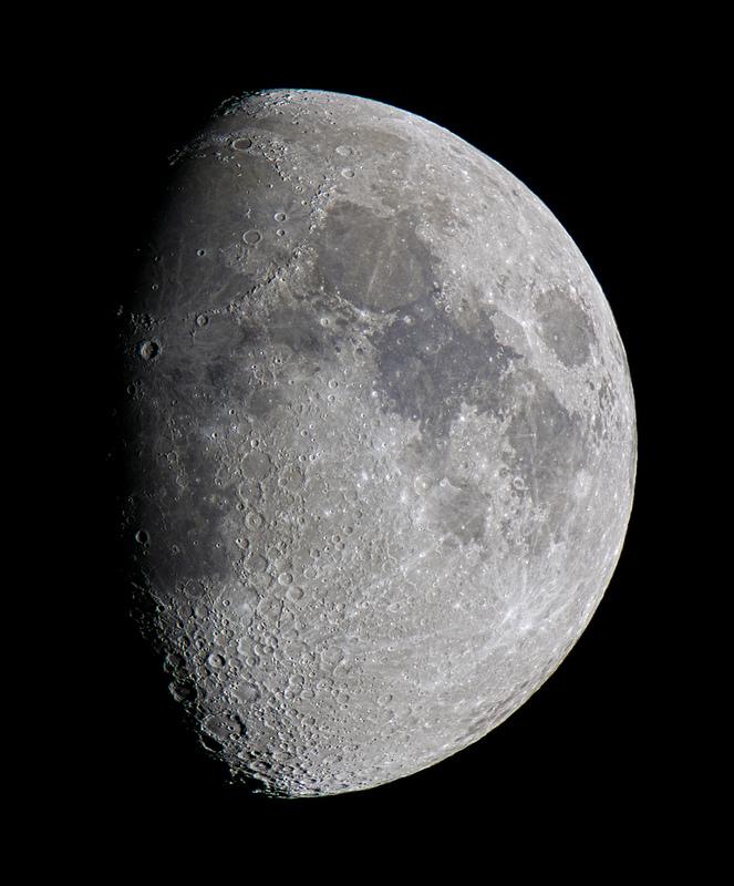 Moon 4th Dec 2011