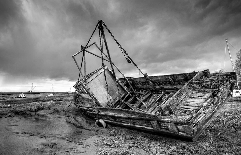 Rotting Hull & Dark Sky