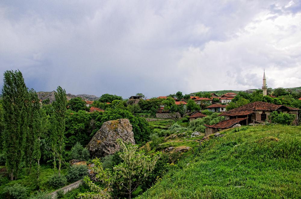 Village below Hattusha