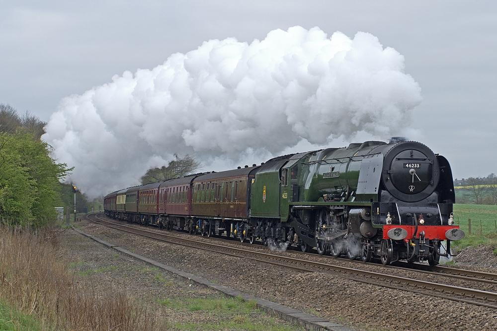 Steaming through Staveley
