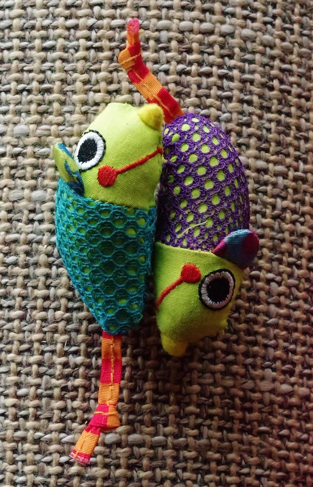 yingyang cats toys!
