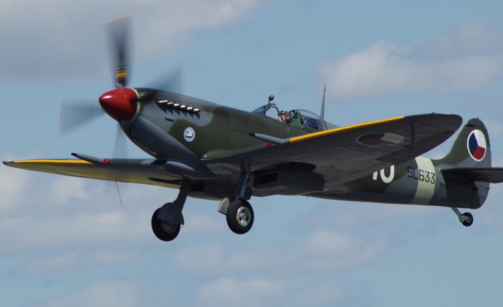 Spitfire climbing out