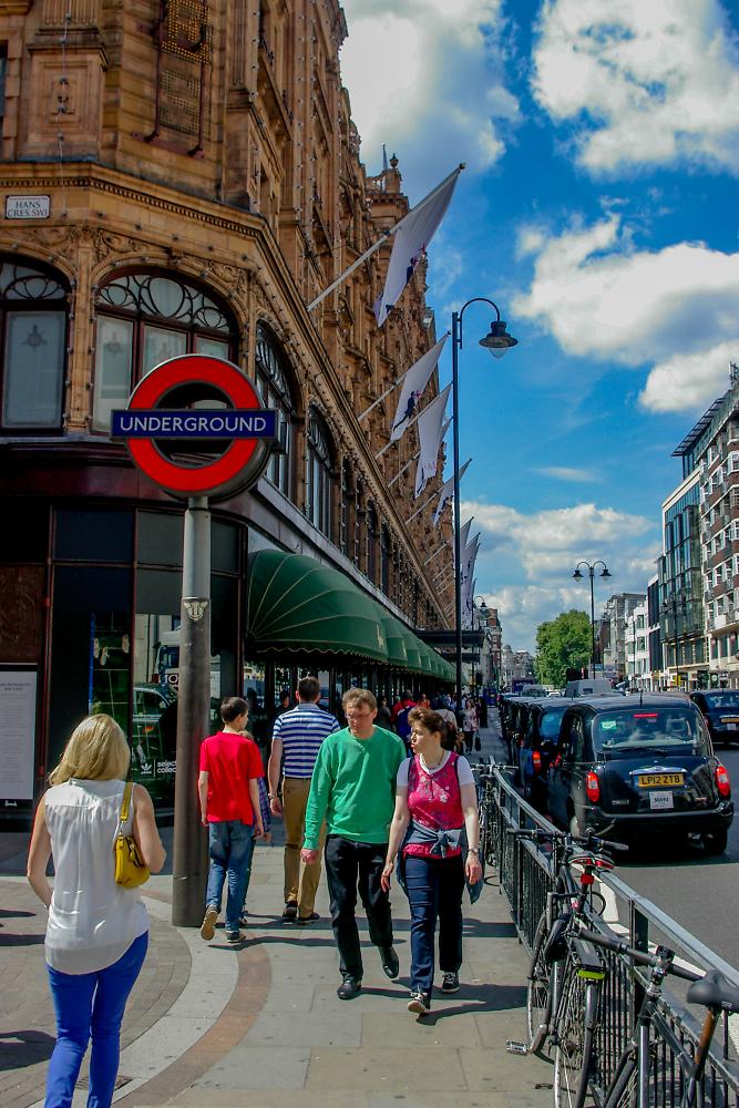 Sunny Swinging London