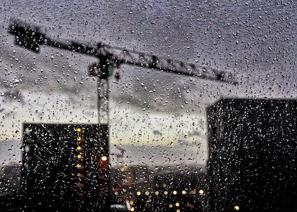 Rain crane