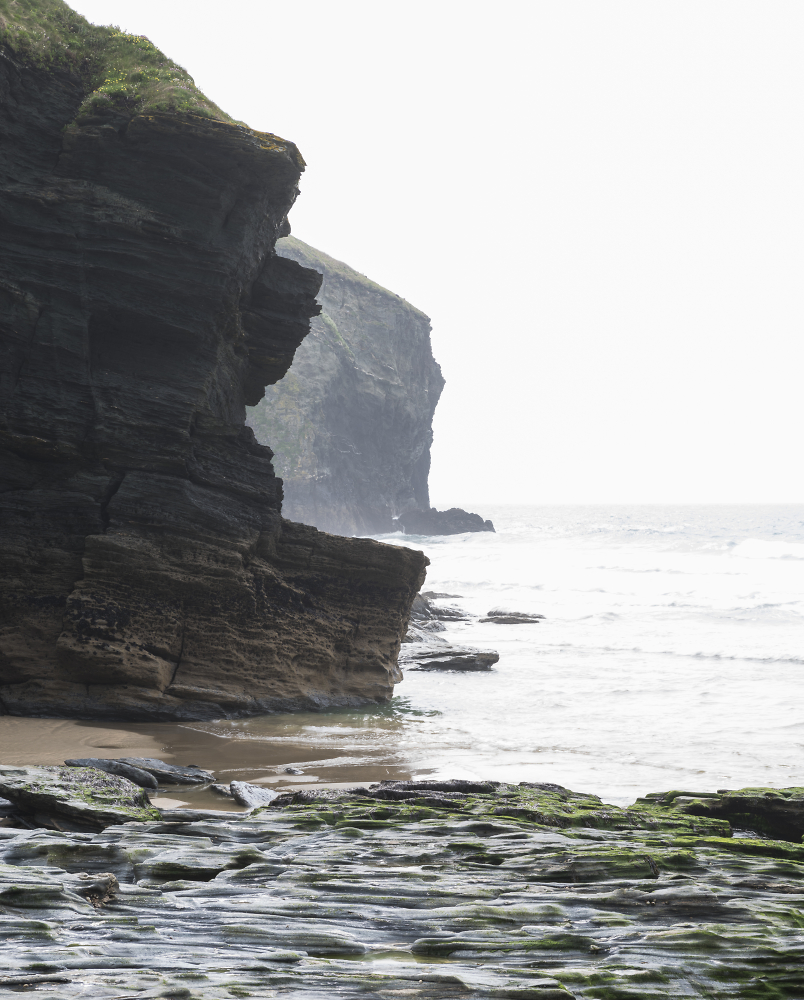 Incoming tide at Trebarwith Strand