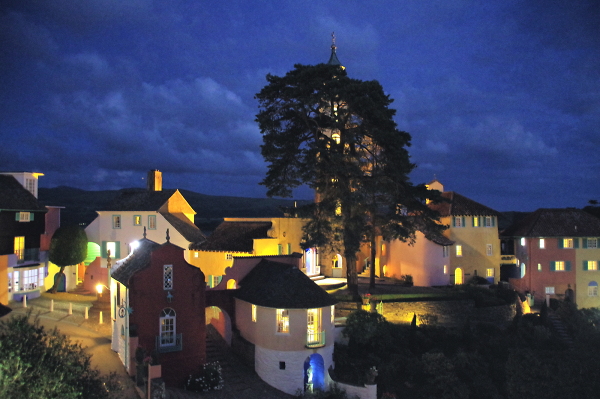 Portmeirion by night 2018