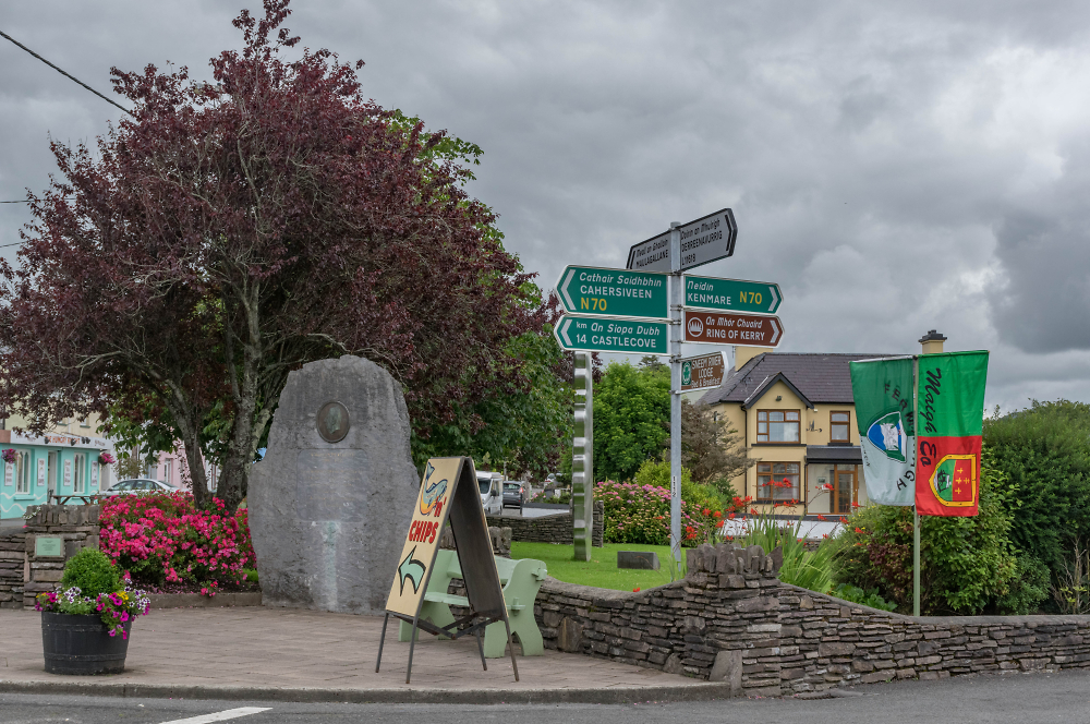 Central Sneem , County Kerry, SW Eire - June 2017