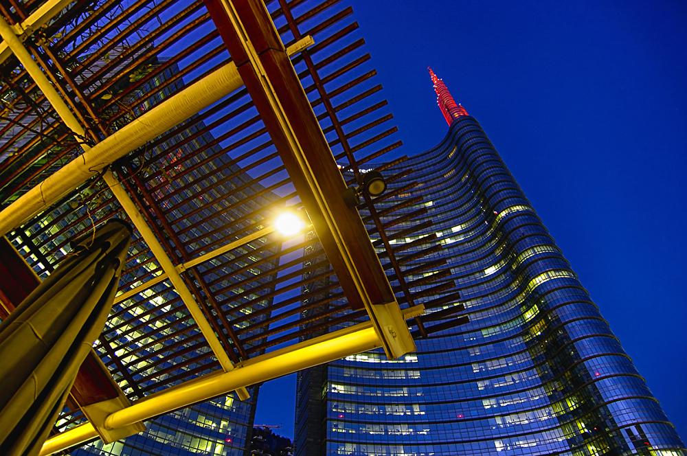 Tel chì Milan