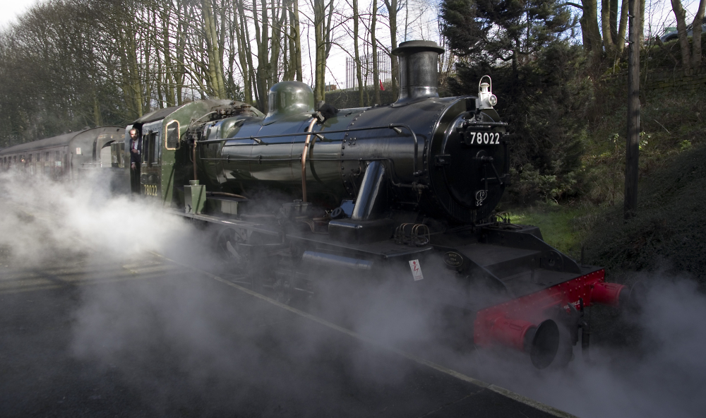 BR CLASS 2MT at Keighley