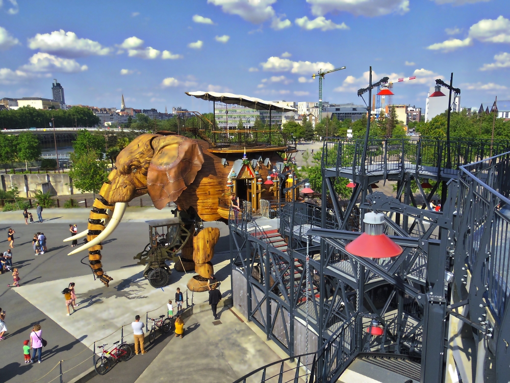 The Nantes elephant