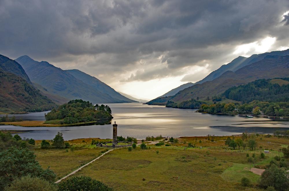Loch Shiel & Glenfinnan Monument - Scotland