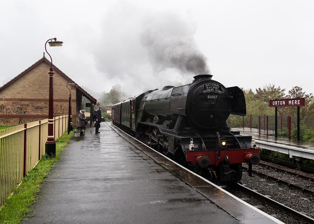 The Flying Scotsman leaving the Nene Valley Railway