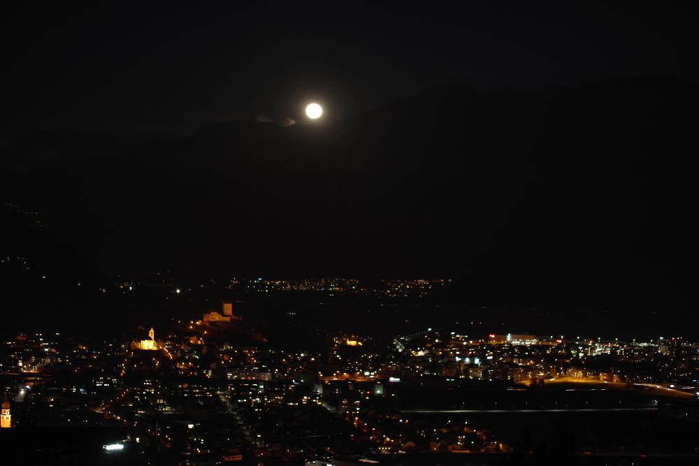moon ariseing