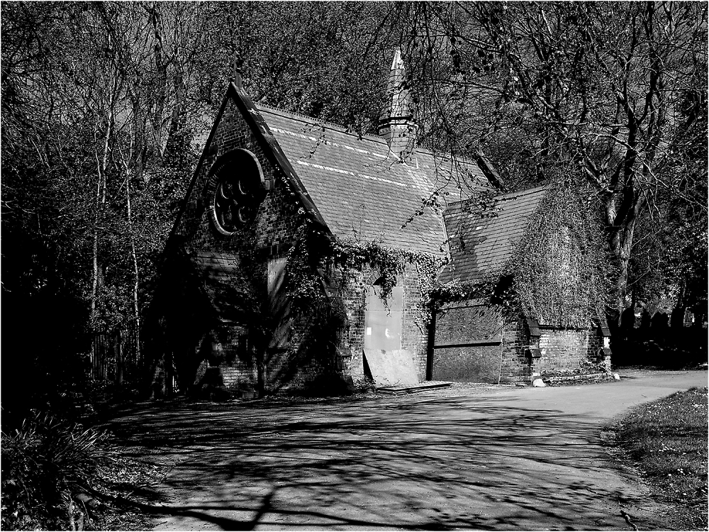 Derelict Chapel in Tyldesley Cemetery