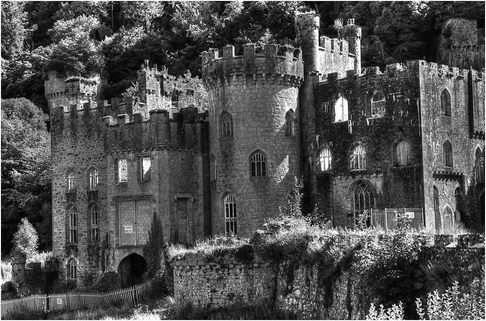 Gwrych Castle Lives!