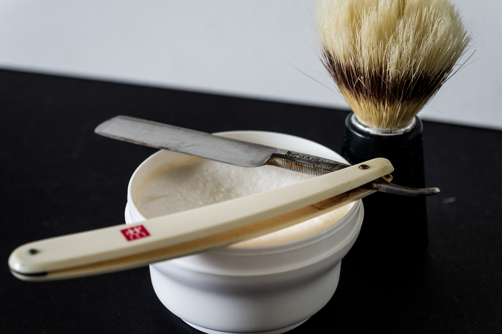 J.A. Henckels Classic: Made to Shave Closely