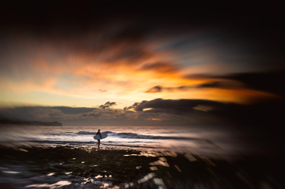 Dawn Surfer (ll)