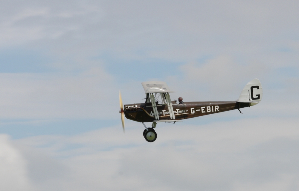 Oldest De Havilland Aircraft Flying