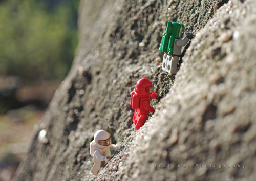 Lego photography Boba Fett free climbing with his friends