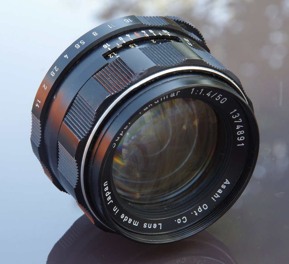 Super Takumar 50mm F1,4 8 Element Front Oblique View
