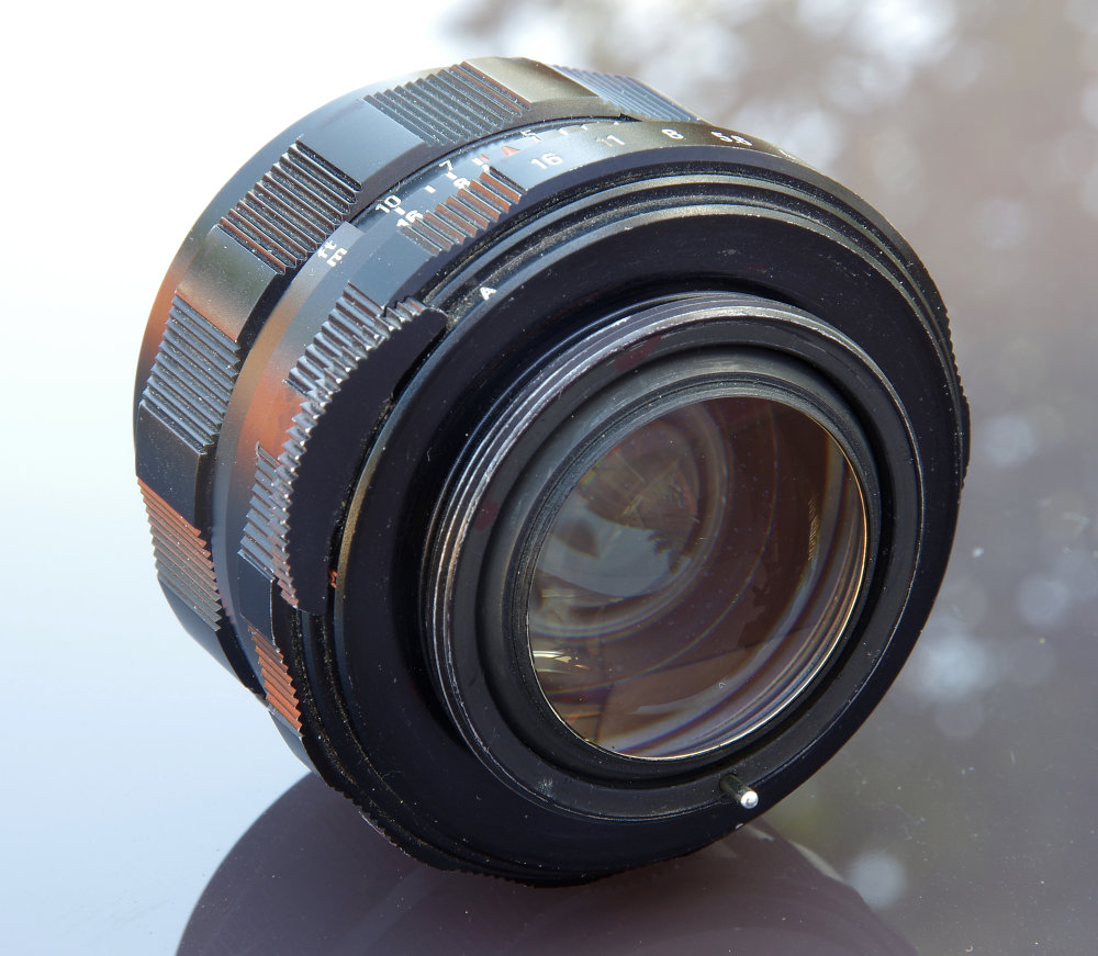 Super Takumar 50mm F1,4 8 Element Rear Oblique View
