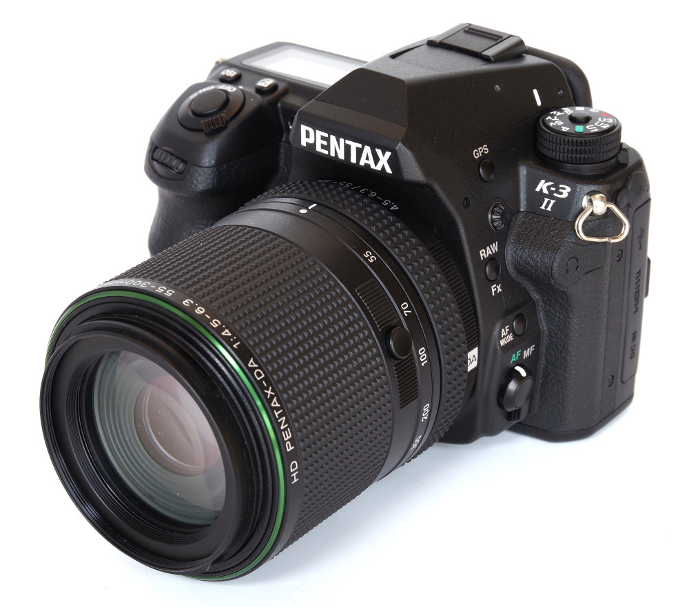 Hd Pentax 55 300mm Ed Plm Wr Re On K3ii Body With Lens Locked