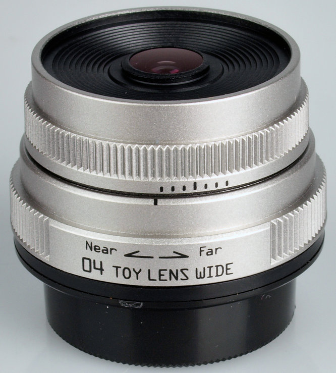 04 Toy Lens Wide 6.3mm f/7.1