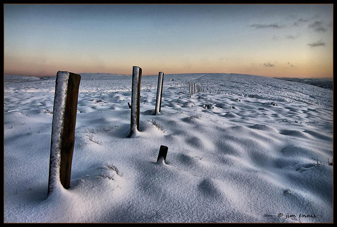 Fence posts by sandinista