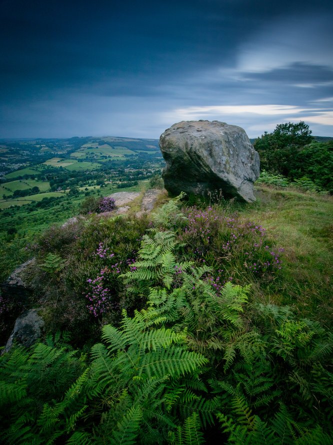 Baslow Edge | 117 sec | f/9.0 | 9.0 mm | ISO 200